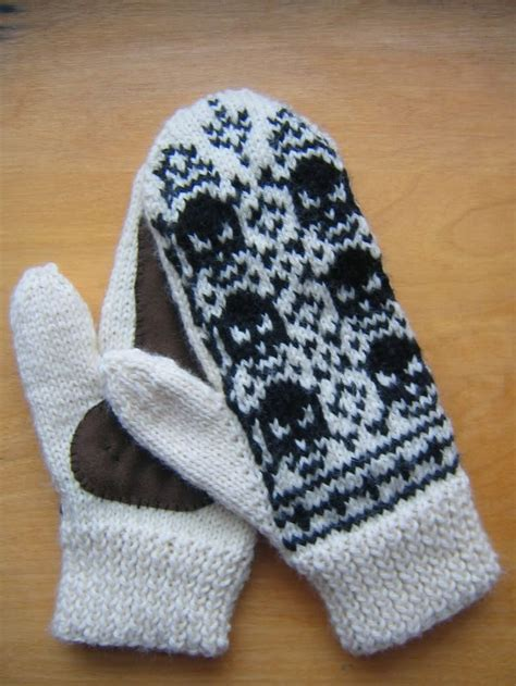 mitten knitting pattern 2 needles 59 best images about knitting projects on