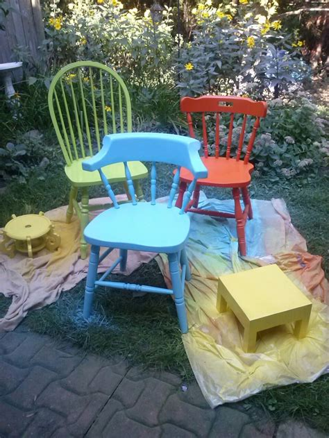 spray painting outdoor wood furniture 25 best ideas about wooden chairs on