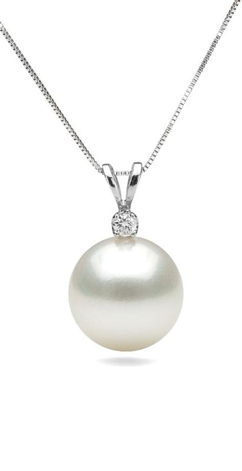pearl pendants for jewelry 25 best ideas about pearl pendant on pearls