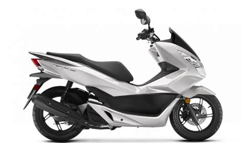 Honda Pcx 2018 Review by 2018 Honda Pcx150 Scooter Ride Review Specs Mpg