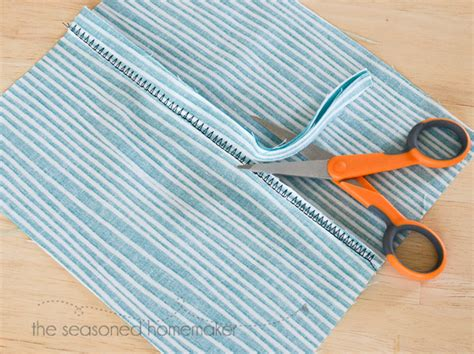 serging knits finish seams without a serger how to finish seams