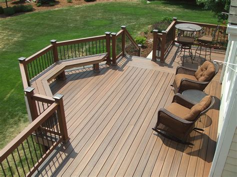 Fancy Bench by 27 Awesome Sun Deck Designs