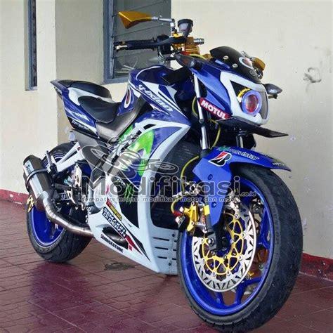 Modifikasi Yamaha Vixion New by Modifikasi Yamaha New Vixion Lightning Half Fairing