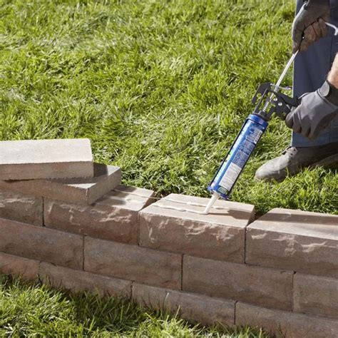 how to build a garden retaining wall 25 best ideas about landscaping retaining walls on