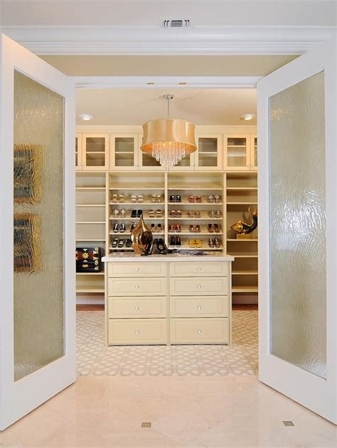 walk in 40 pretty feminine walk in closet design ideas digsdigs
