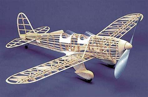 St 104 Herr Balsa Wood Model Airplane Kit Rubber