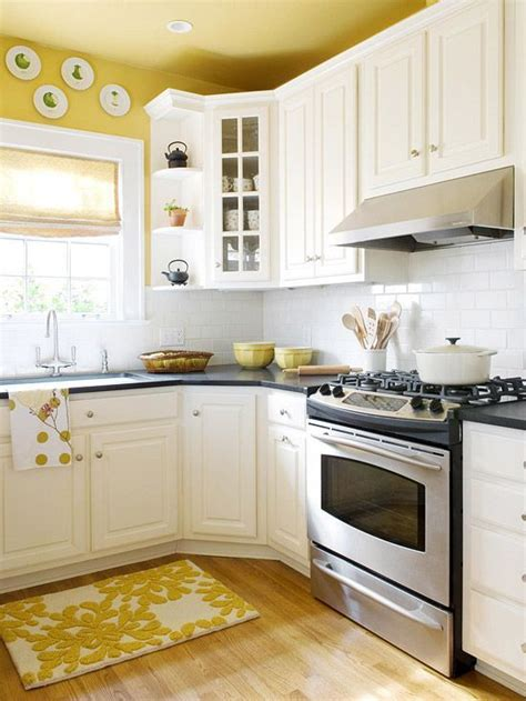 best yellow paint color for kitchen cabinets 10 kitchen decor ideas for your mobile home rental paint