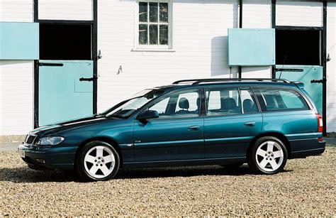 vauxhall omega estate 1994 2003 photos parkers