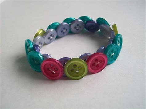 how to make jewelry with buttons how to craft colorful button bracelets as trendy fashion