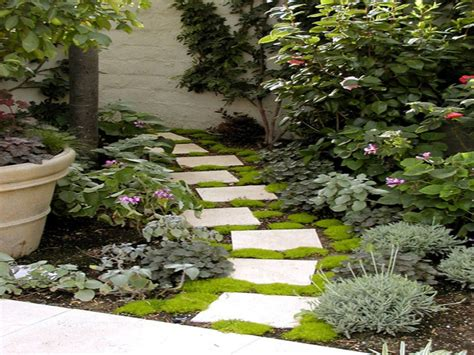 small garden paving ideas best pavers for walkway small garden pathway ideas garden