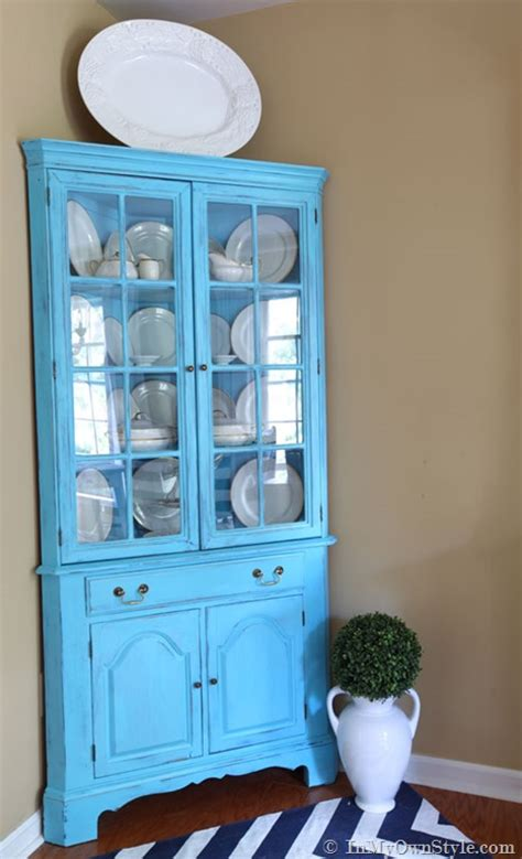 chalk paint using two colors furniture makeover mixing up diy chalk paint recipes