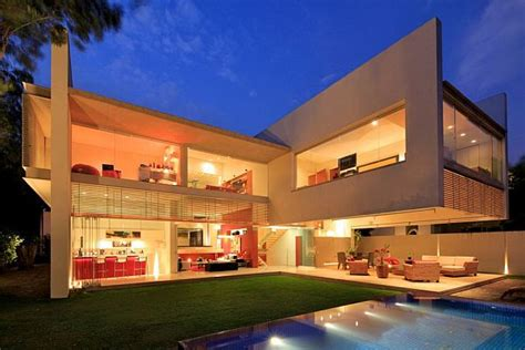 modern mansion house architecture contemporary godoy house in mexico
