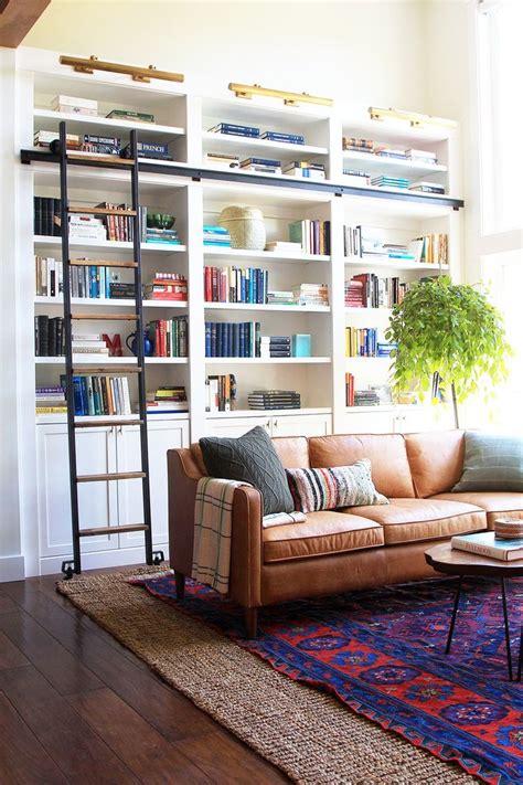 room bookshelf 25 best ideas about living room bookshelves on