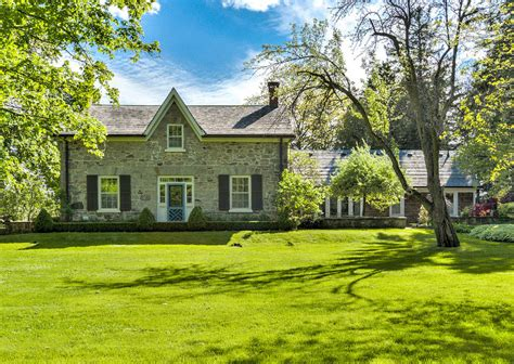 country farm house country farmhouse for sale home bunch interior