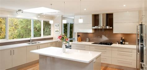 Ideas For A Small Kitchen Remodel 4 yellowthai