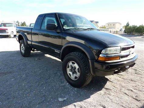 how to sell used cars 2000 chevrolet s10 electronic toll collection 2002 chevrolet s10 for sale classiccars com cc 1042061