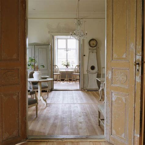 swedish homes interiors vintage chic homes this beautiful post is from quot country antiques