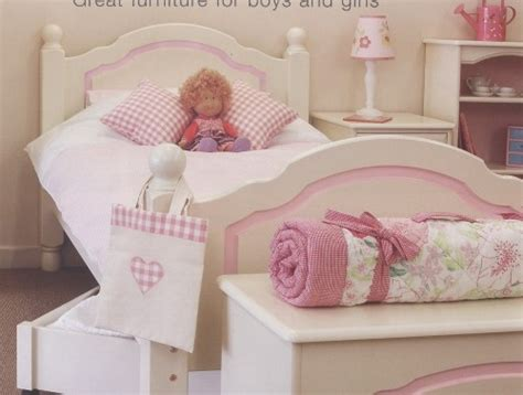 childs bed feng shui bed placement in a child s bedroom