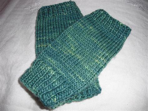 easy knit fingerless gloves easy peasy fingerless mitts by agrarianartisan craftsy