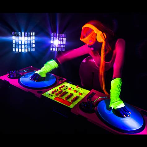 glow in the paint clubs glow uv blacklight glow paint paint uv
