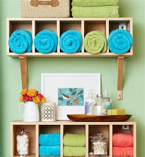 small bathroom ideas diy diy wall decor ideas for bathroom diy crafts