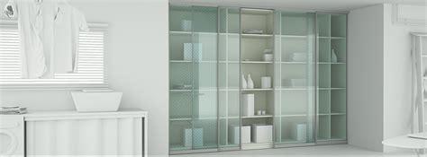 Glass Partition Design glasschiebet 252 ren f 252 r schr 228 nke nach ma 223 planen amp kaufen