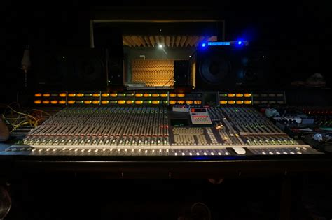 recording studio mixing desk recording studio mixing desk photos 1630342