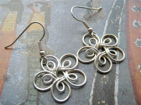 how to make jewelry with and wire 27 free wire wrap jewelry tutorials diy to make