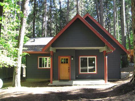 paint colors for cottage exterior paint schemes exterior paint ideas 1600x1200