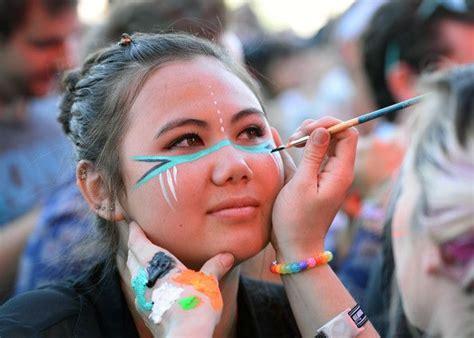 us painting festival 25 best ideas about festival paints on