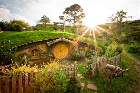 hobbits home the magic of a hobbit house