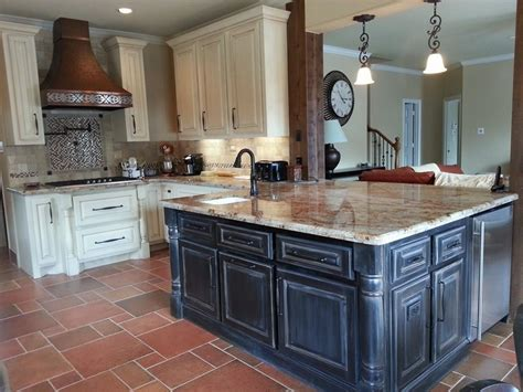 chalk paint on kitchen cabinets can you chalk paint kitchen cabinets how to paint