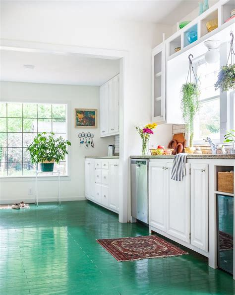 painted kitchen floors 25 best ideas about painted floors on painted