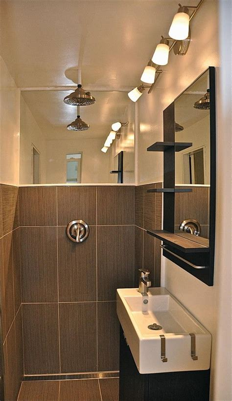 house bathroom ideas 25 best ideas about tiny house bathroom on
