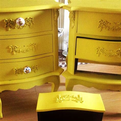chalk paint autentico precio 17 best images about autentico painted furniture on