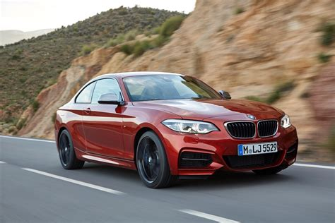 Bmw Coupes by World Premiere Bmw 2 Series Coupe And Convertible Facelift