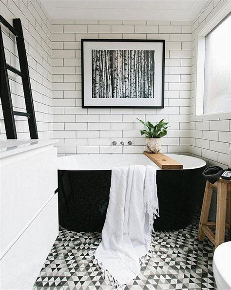 White And Black Bathrooms by Best 25 Black White Bathrooms Ideas On White