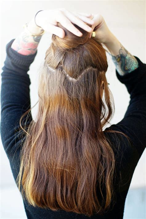 hair extensions using best clip in hair extensions how to apply hair extensions