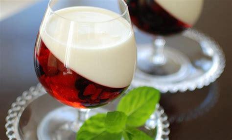 easy summer dessert recipe yogurt berry fruit jellies