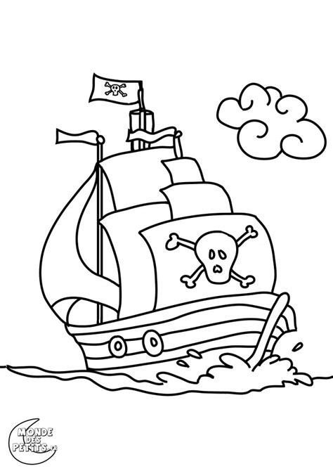 coloriage bateau pirate dessin gratuit 224 imprimer