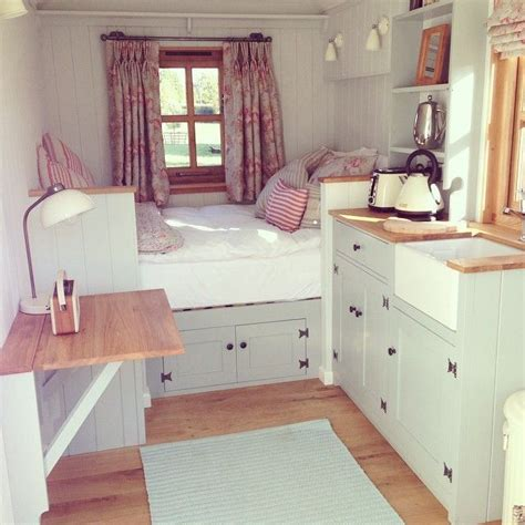 small homes interior design photos best 25 small cottage interiors ideas on