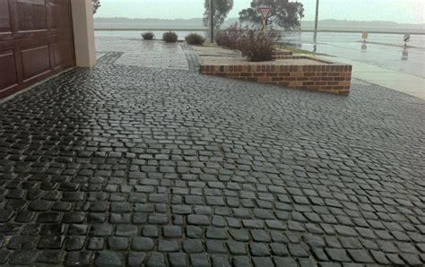 cobblestone patio pavers cobblestone patio 28 images granite cobblestone thin