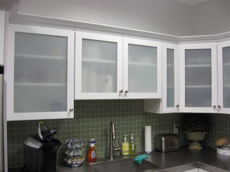 glass doors kitchen cabinets white kitchen cabinets with frosted glass doors shayla s