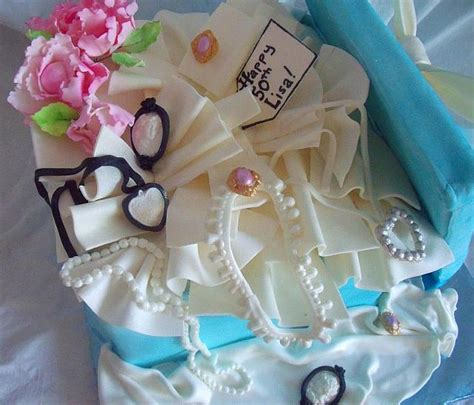 how to make edible jewelry for cakes present box cake contents of edible gumpaste