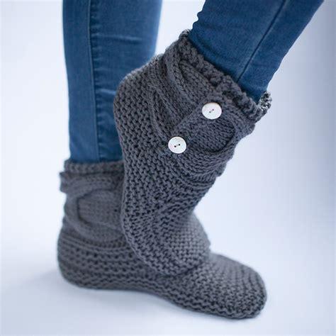 free knit slipper boot pattern simple knit slipper booties free pattern the woven