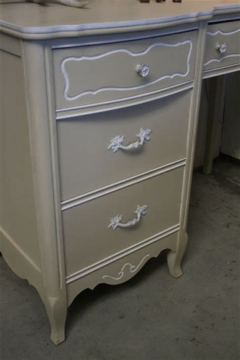 chalk paint country grey 17 best images about 1 country grey sloan chalk