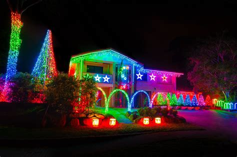 lights displays best brisbane suburbs for light displays brisbane