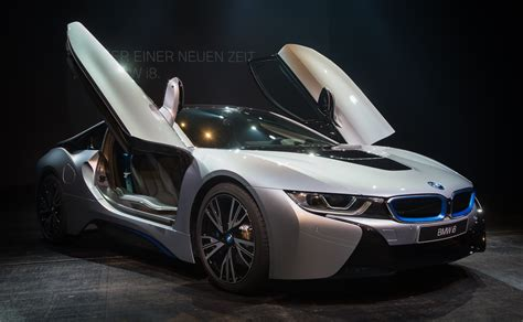 Bmw Electric Sports Car by Bmw 100 000 Electric Car Sales In 2017 Fortune