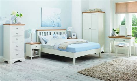 tone bedroom buy bentley designs hstead two tone bedroom set