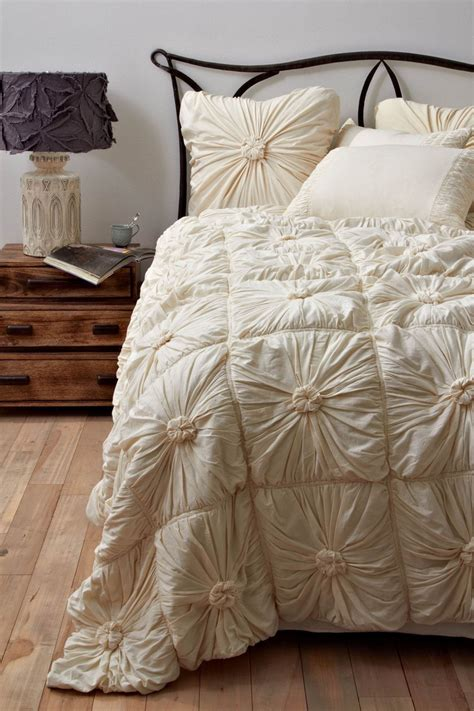 rosette comforter set 17 best images about comforters for my bed on